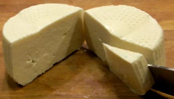 Formaggio fatto in casa (VIDEO GUIDA)