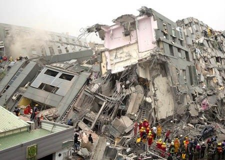 TERREMOTO DEVASTA CENTRO ITALIA, 73 MORTI, COLPITI AMATRICE, ACCUMOLI