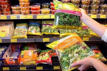 LEGGETE ATTENTAMENTE – Attenzione alle insalate in busta: ecco da cosa vengono contaminate